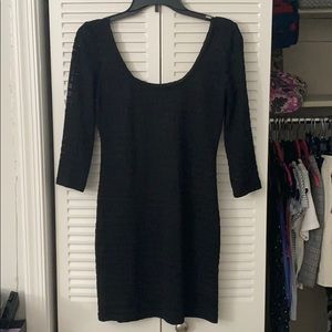 Tight black dress with half sleeves